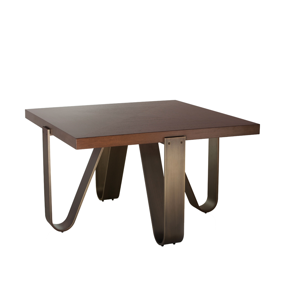 C38 SPIDER CENTER TABLE